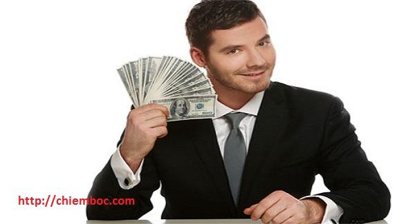Dựa vào tháng sinh tìm ra người dư dả tiền bạc từ trung vận