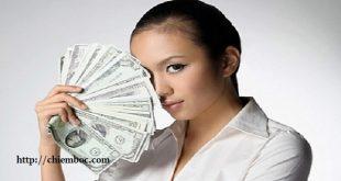 Cô gái tuổi nào kiếm nhiều tiền nhất trong 12 con giáp?