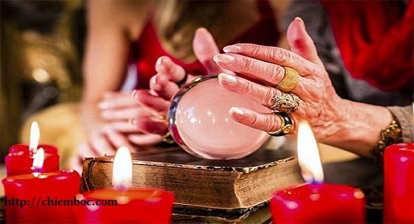 Nhân chuyện Hội Thánh Đức Chúa Trời bàn về độ mê tín của 12 chòm sao