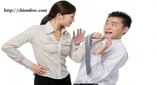 Đàn ông nào càng sợ vợ lại càng thành công, có 3 đặc điểm nhận diện chồng bạn là người đàn ông chân chính và tuyệt vời