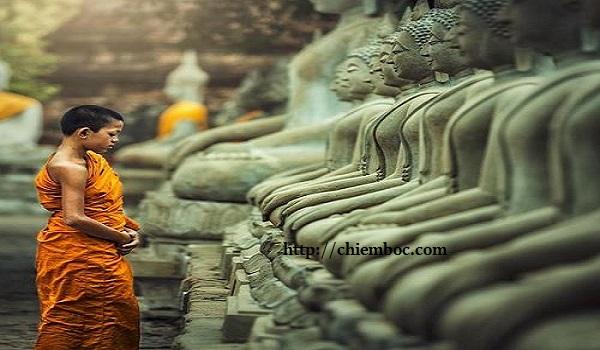 Lời Phật dạy: Sống thanh thản, hạnh phúc, vượng vận quý nhân khi làm được những điều này
