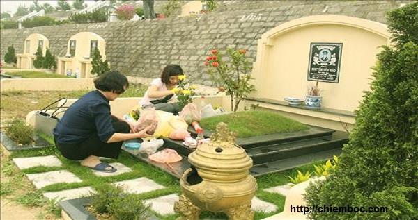 Cúng tạ mộ cuối năm chuẩn bị gì để mời ông bà tổ tiên về ăn Tết?