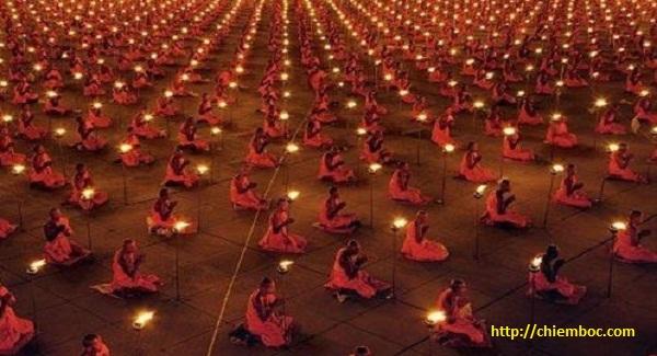 Hiểu ý nghĩa rằm tháng giêng trong Phật giáo để cảm thấy an lạc hơn mỗi ngày