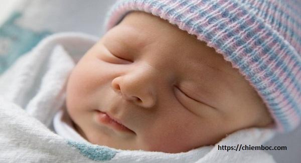 Sinh con năm 2020 trong tháng 5 ngày nào tốt, con được hưởng nhiều phúc phận trong đời?