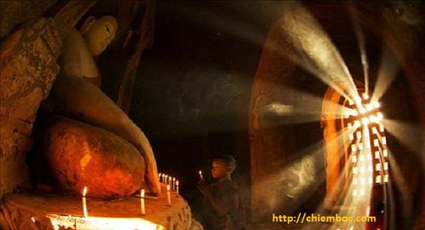 """Lời Phật dạy về sám hối: Làm người phải biết """"hối"""" mới mong nhẹ nghiệp"""